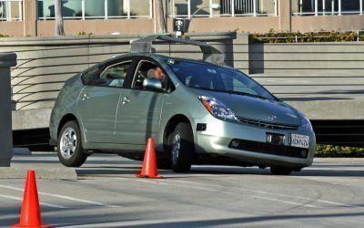 Las pólizas de seguros se adaptarán a las futuras legislaciones de los coches autónomos